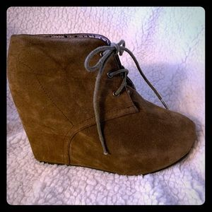 Brown suede high-wedge DIBA ankle bootie, like new